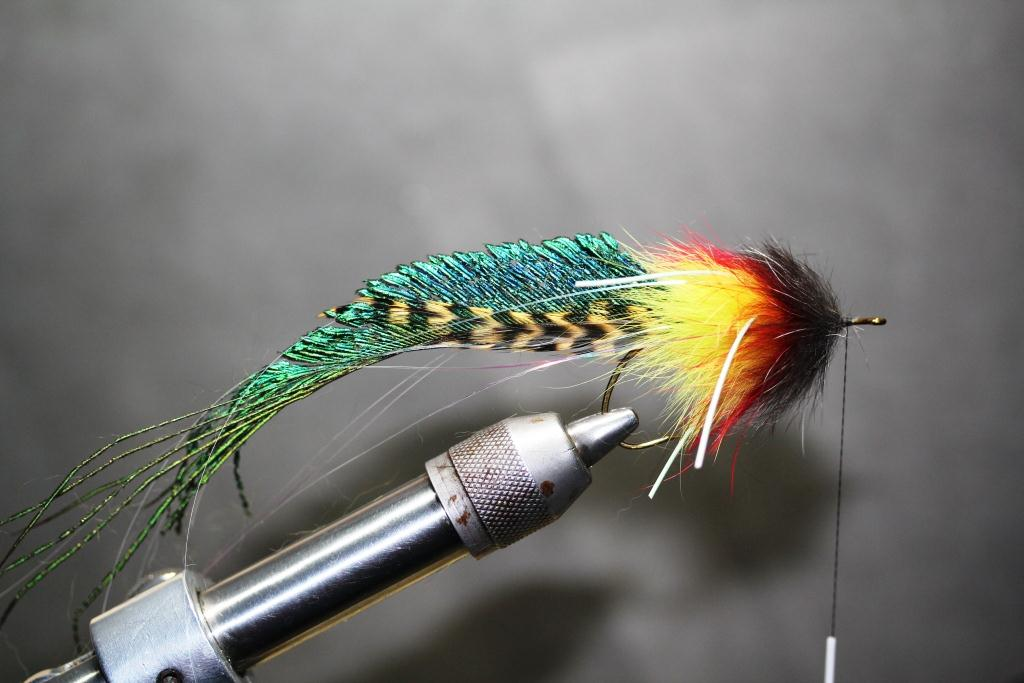 Pike flies bakslengen for Pike fly fishing